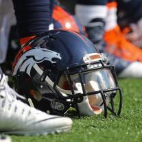 Broncos2447